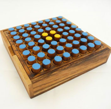 Pegs Board Game